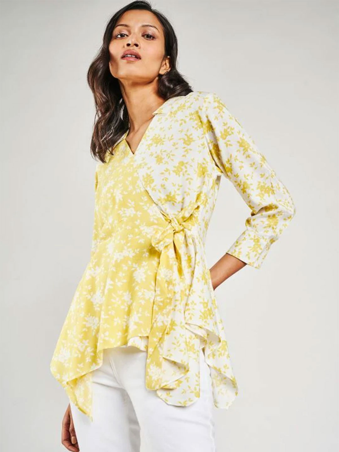 AND Yellow Floral Printed Fit And Flare Top?imgeng=w_400