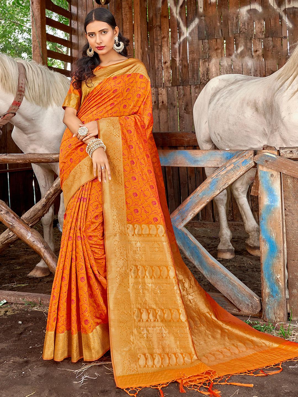 Banarasi printed saree in orange for wedding?imgeng=w_400