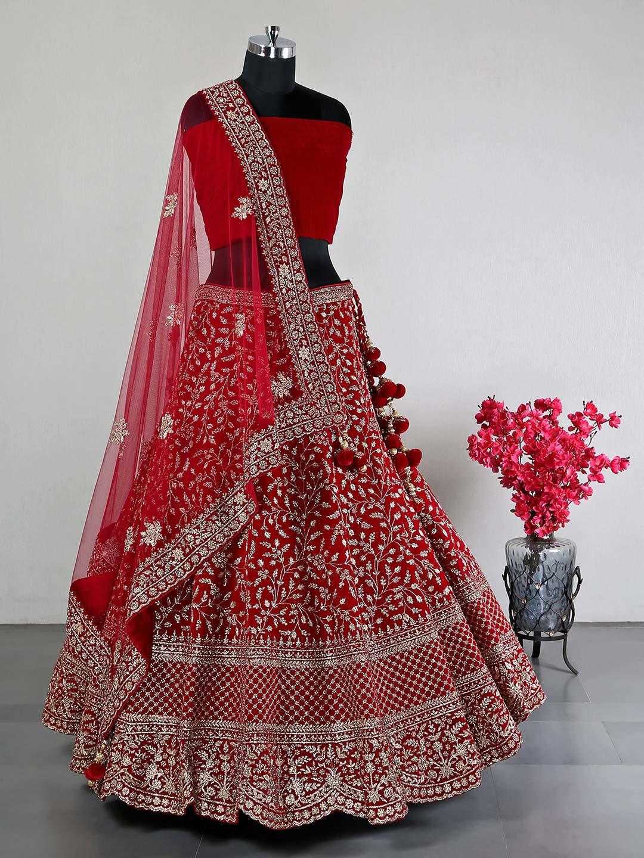 Beautiful red silk lehenga choli for wedding?imgeng=w_400