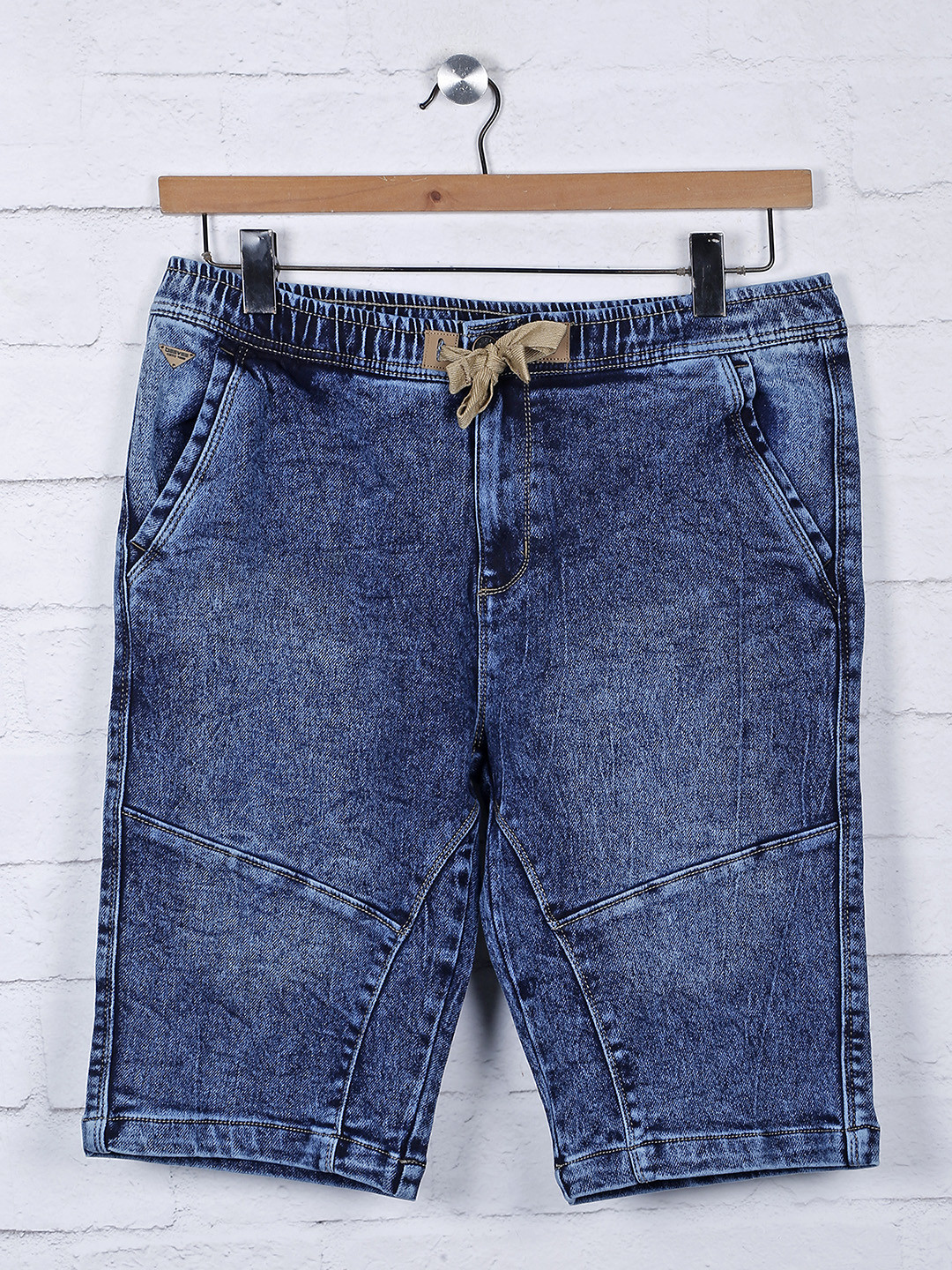 Beevee blue color denim solid shorts?imgeng=w_400