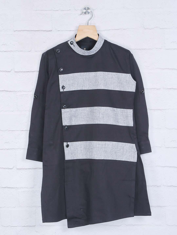Black bandhgala cotton kurta suit?imgeng=w_400
