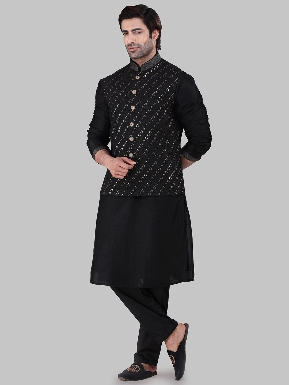 Black chikan work party waistcoat set?imgeng=w_400