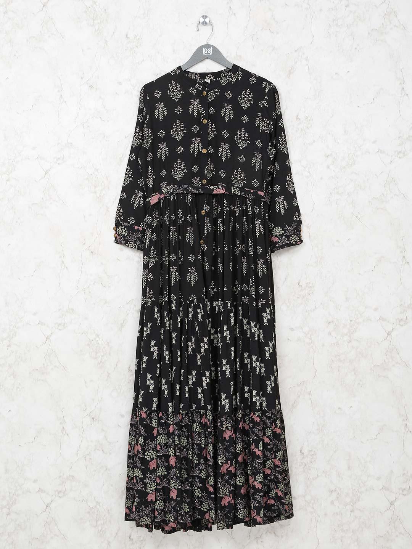 Black cotton kurti in printed design?imgeng=w_400