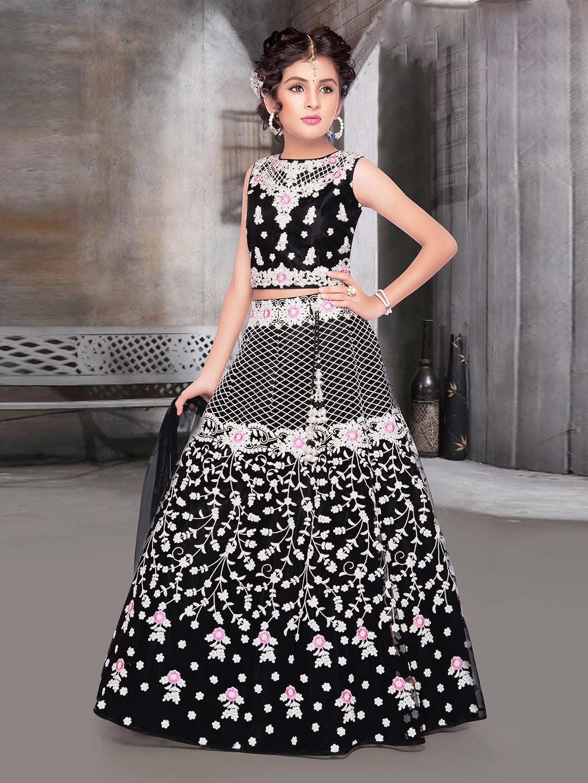 Black designer net wedding wear lehenga choli?imgeng=w_400