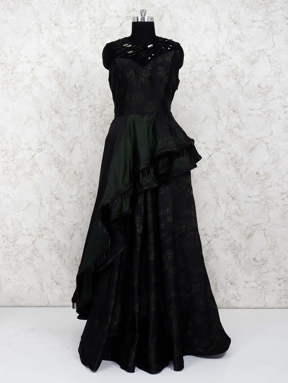 Black hue satin pretty gown?imgeng=w_400