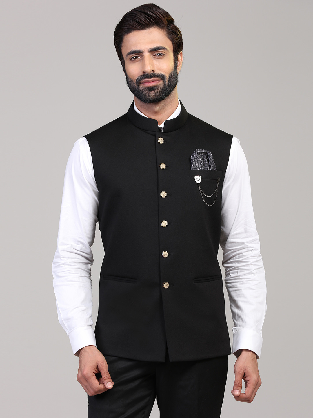 Black knitted waistcoat for mens?imgeng=w_400