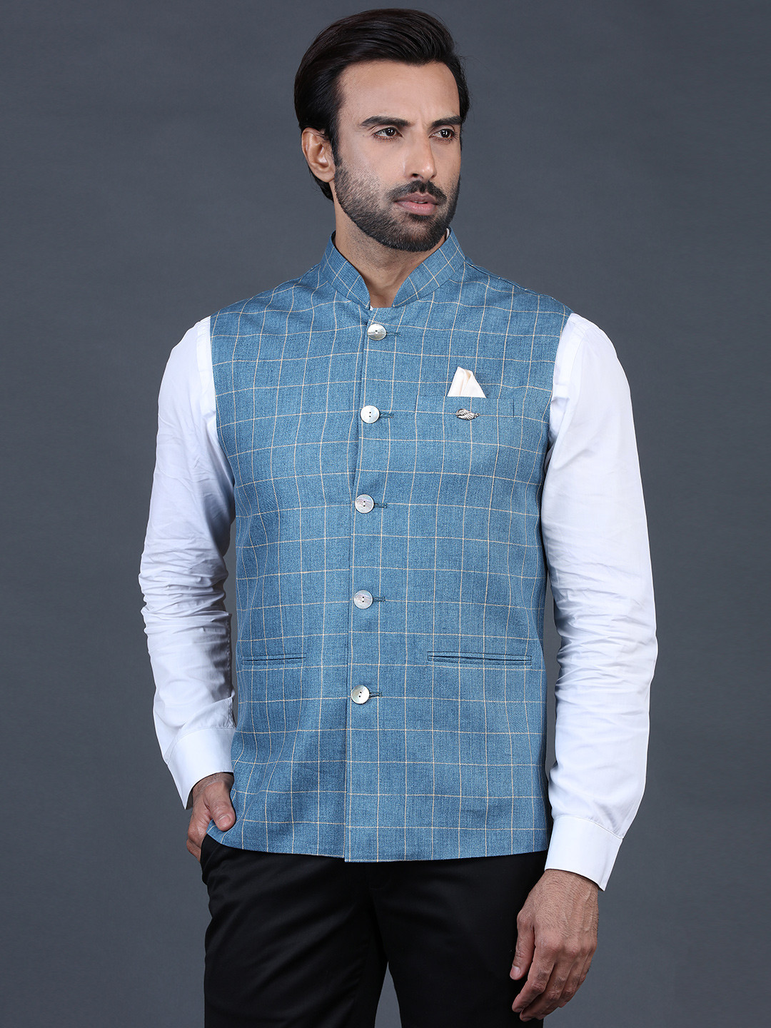 Blue waistcoat in terry rayon with checks?imgeng=w_400