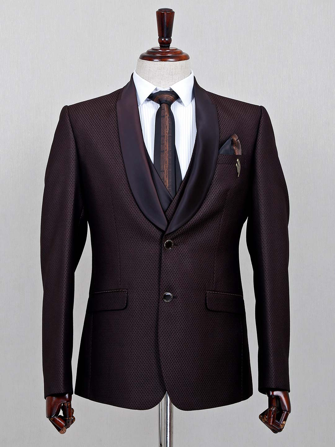 Brown solid wedding wear official suit?imgeng=w_400