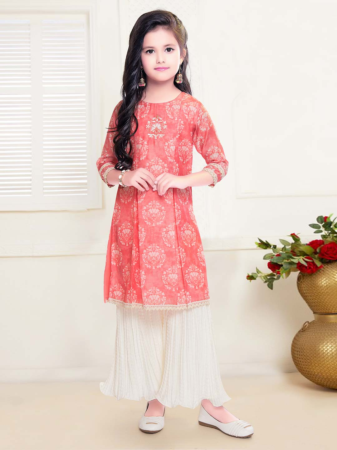 Casual get together red cotton sharara suit?imgeng=w_400