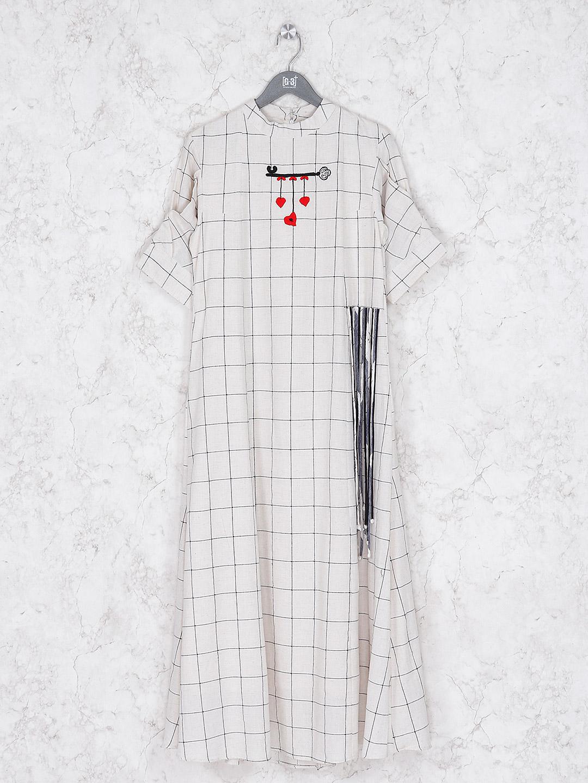Checks pattern cotton cream kurti?imgeng=w_400