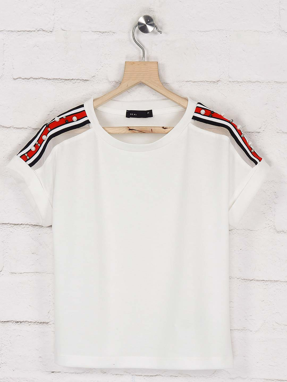 Deal white hue pretty cotton top?imgeng=w_400