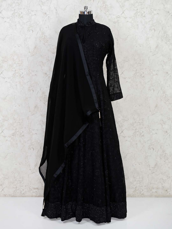Designetr black thread woven floor length gown?imgeng=w_400