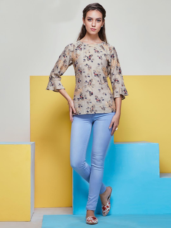 Fancy printed top in beige color with ruffle sleeves?imgeng=w_400