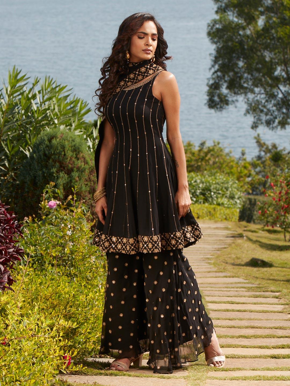 Gorgeous black georgette punjabi style wedding wear sharara suit?imgeng=w_400
