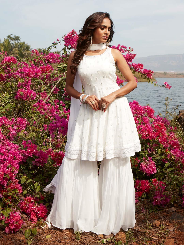 Gorgeous white georgette punjabi style wedding wear sharara suit?imgeng=w_400