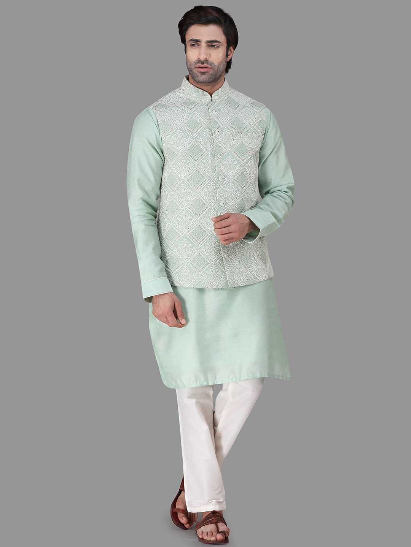 Green raw silk chikan style waistcoat set?imgeng=w_400