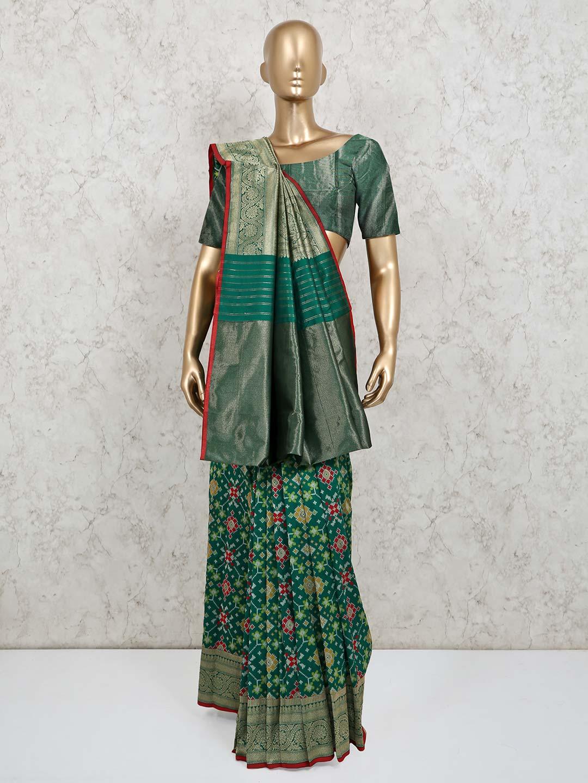 Green wedding special patola silk?imgeng=w_400