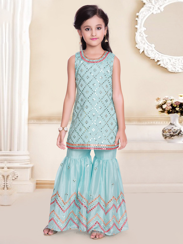 Latest aqua hue sharara for girls in georgette?imgeng=w_400