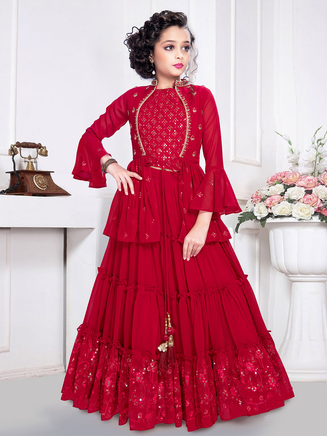 Latest designer red georgette party wear sharara suit?imgeng=w_400