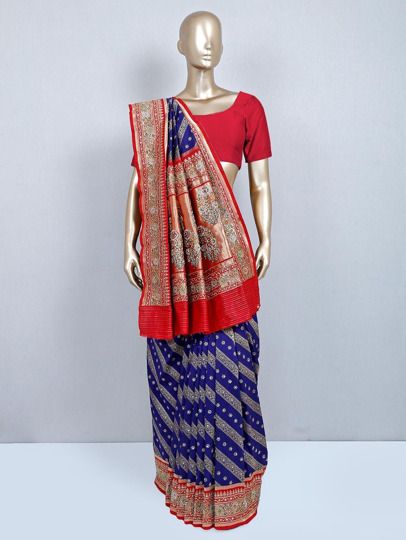 Latest navy silk saree for wedding?imgeng=w_400
