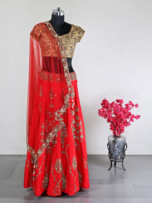 Latest red raw silk designer wedding wear lehenga choli?imgeng=w_400