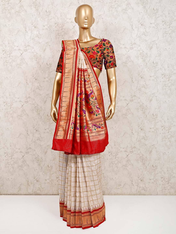 Latest white wedding wear banarasi silk saree?imgeng=w_400