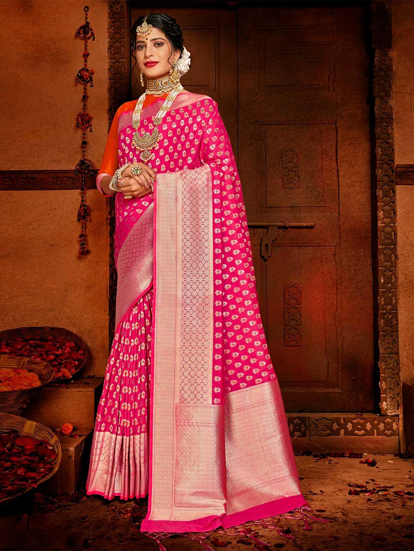 Magenta wedding saree in banarasi silk?imgeng=w_400