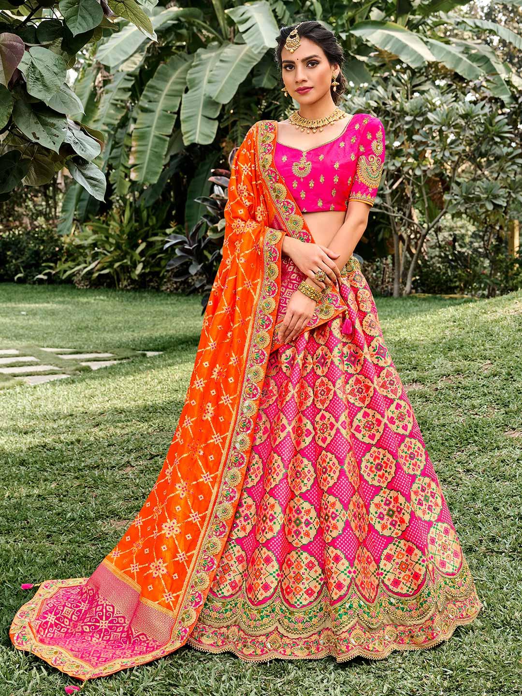 Magenta wedding wear semi stitched lehenga choli?imgeng=w_400