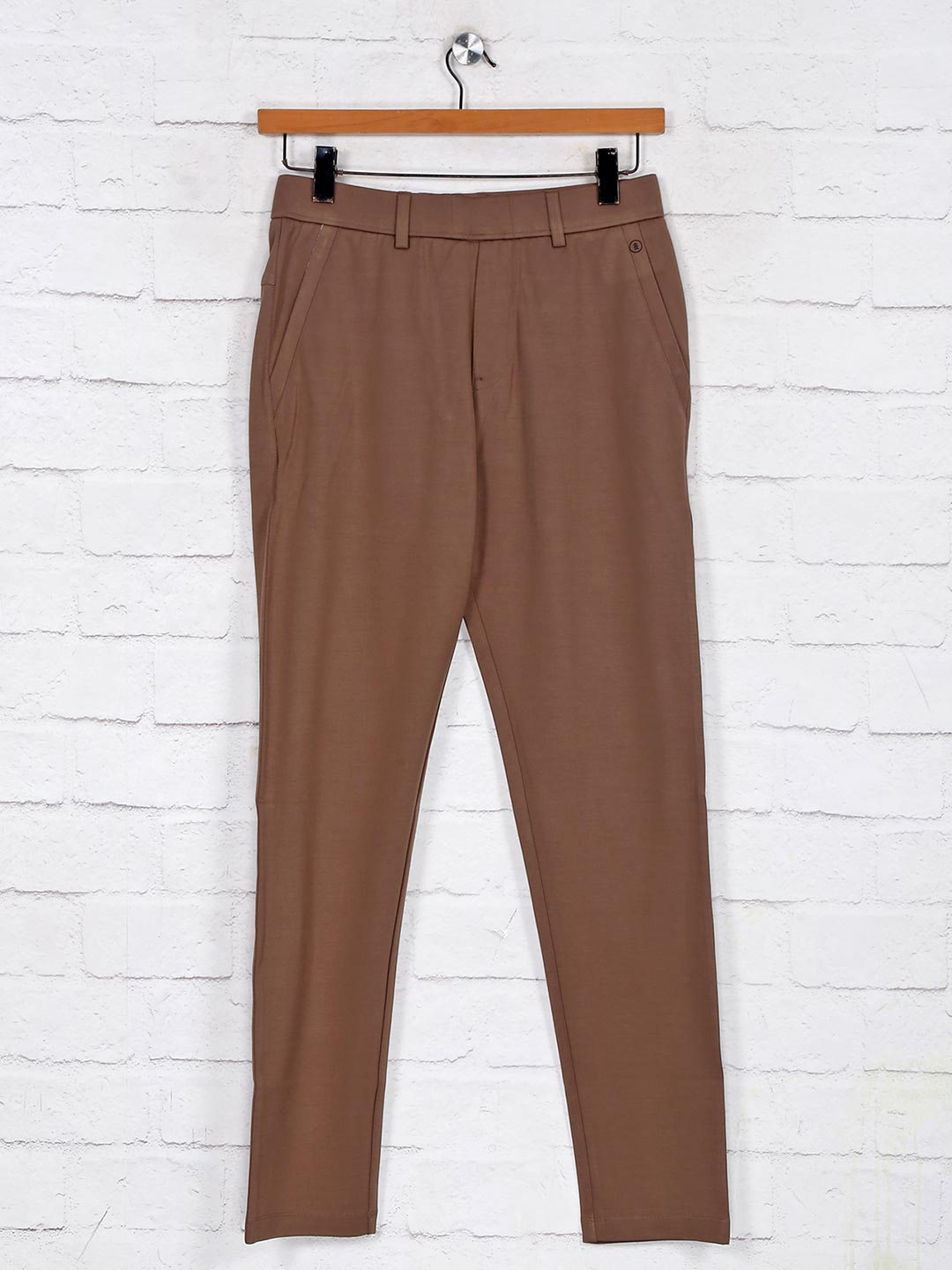 Maml brown cotton solid night track pant?imgeng=w_400