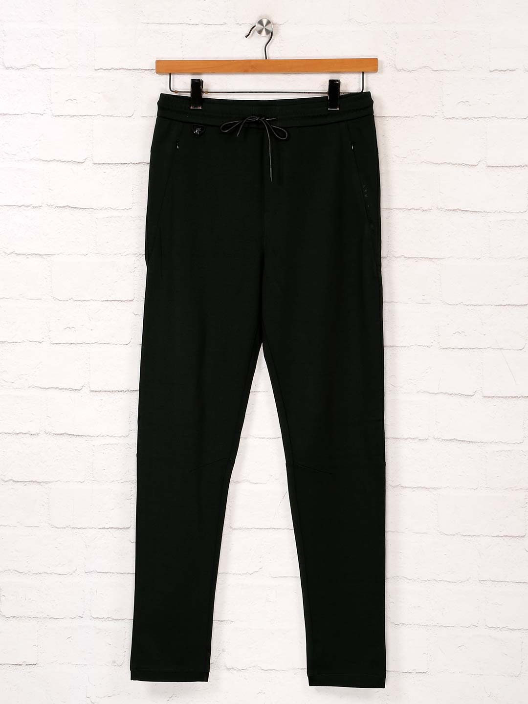 Maml solid green color track pant?imgeng=w_400