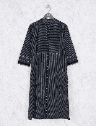 Black hue stripe pattern casual kurti