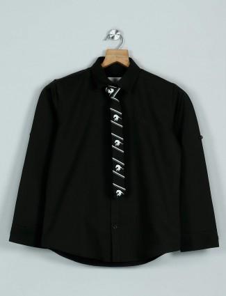 Blazo presented dark olive solid shirt
