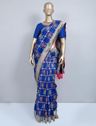 Blue saree for wedding session