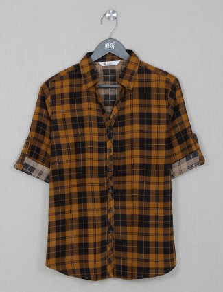 Cotton causal top in brown