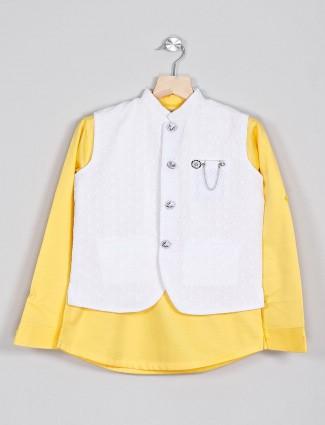 Cotton yellow and white waistcoat shirt