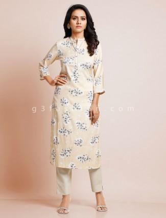 Cream printed cotton kurti for casual look