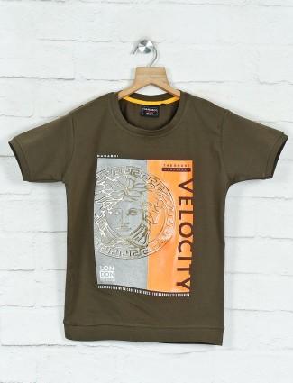 DanaBoi printed olive cotton boys t-shirt