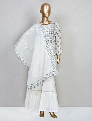 Designer white cotton salwar kameez for wedding
