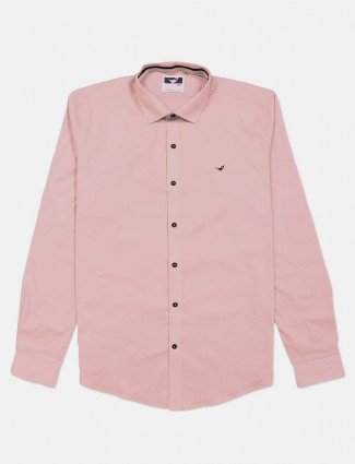Frio casual cotton shirt in solid pink color