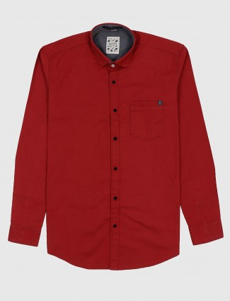 Gianti slim collar solid red hue shirt