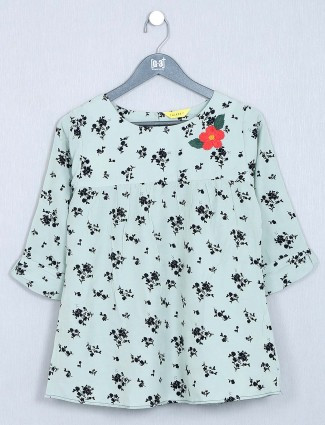 Green casual wear womens top in cotton