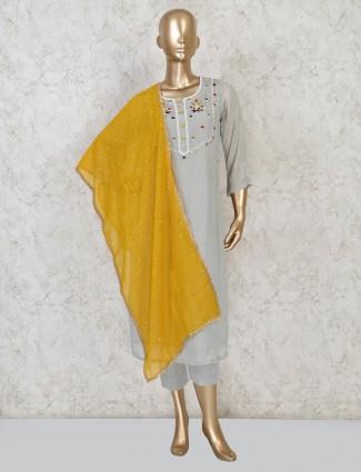 Grey cotton round neck punjabi pant suit