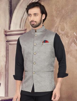 Grey solid cotton silk waistcoat