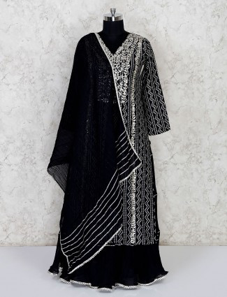 Latest black double layered kurti for festive look