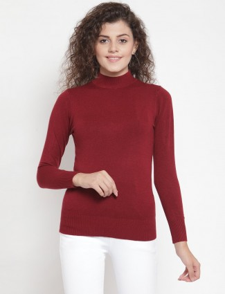 Maroon knitted casual top with a turtle neckline