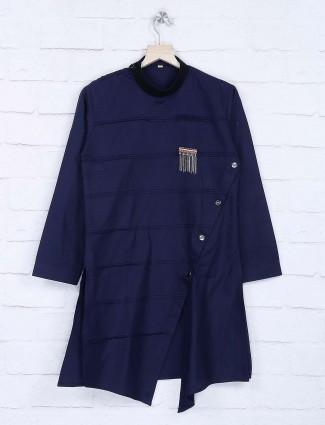 Navy hue pleats pattern solid kurta suit