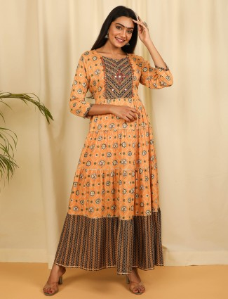 Peach cotton printed Kurti for casual look