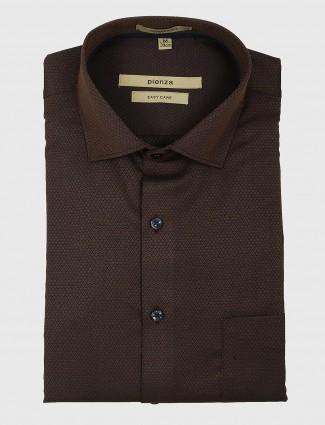 Pienza brown colored zitter pattern shirt