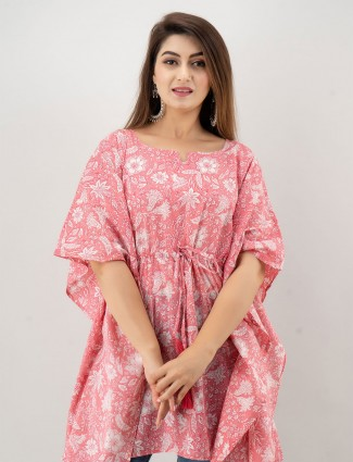 Pink cotton printed kurti for casual look