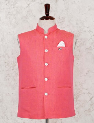 Pink solid waistcoat with pocket tie in silk